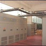 Particolare blindo sbarra ventilata 2500A / 400V da trasformatore a quadro distribuzione.